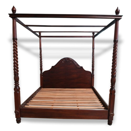 Solid Mahogany Wood Colonial 4 Poster Bed Queen / King size [Option: Queen Size]